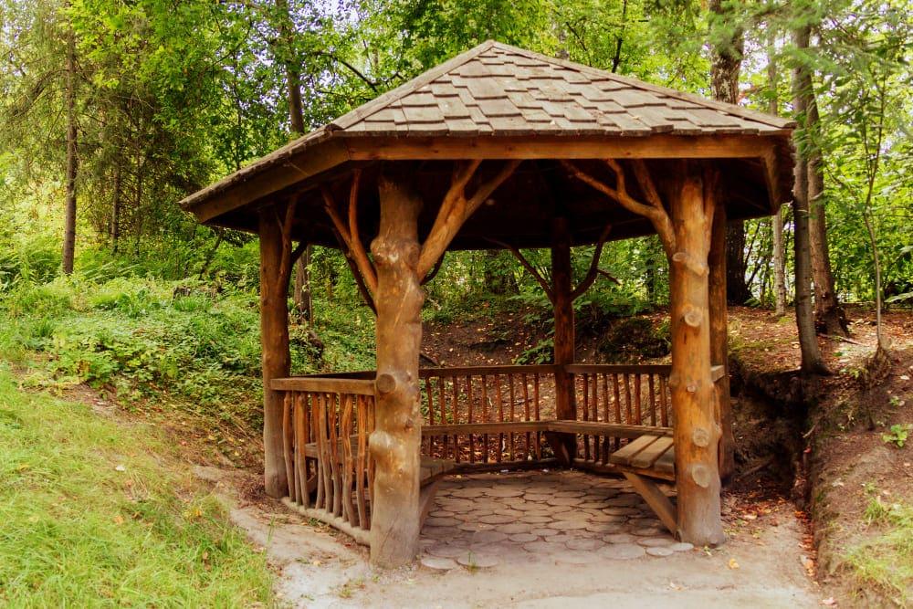Kiosque en bois de jardin
