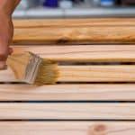 Protéger le bois à l'extérieur (mobilier)